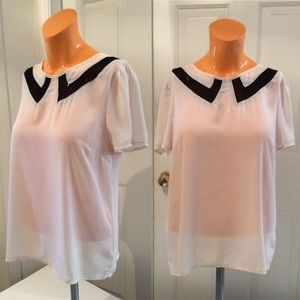 Forever21 blouse w/faux collar pattern
